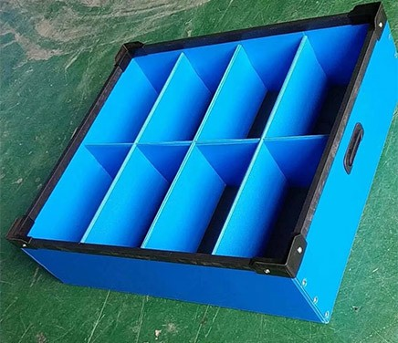 中空板刀卡箱